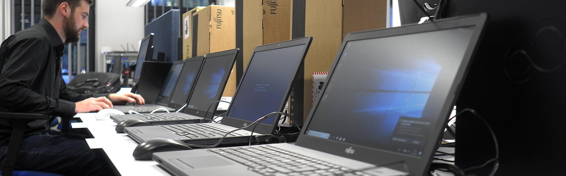 Banner Jobs bei cbo - Systemelektroniker